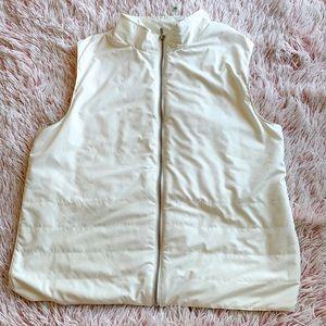 ✨ Liz Claiborne Puffer Vest
